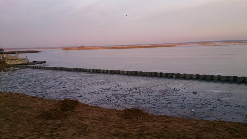 формирование и укрепление линии берега водоёма