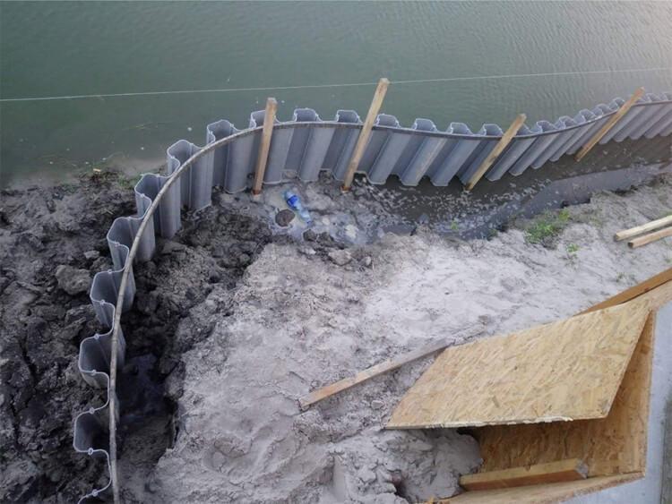 Строительство небольшого пляжа (Киев)