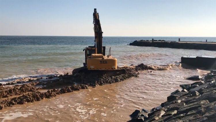 Забивка труб вдоль береговой линии (Одесса, Совиньон)